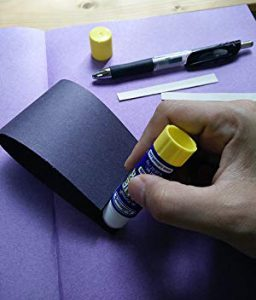 paper mouse craft using glue stick